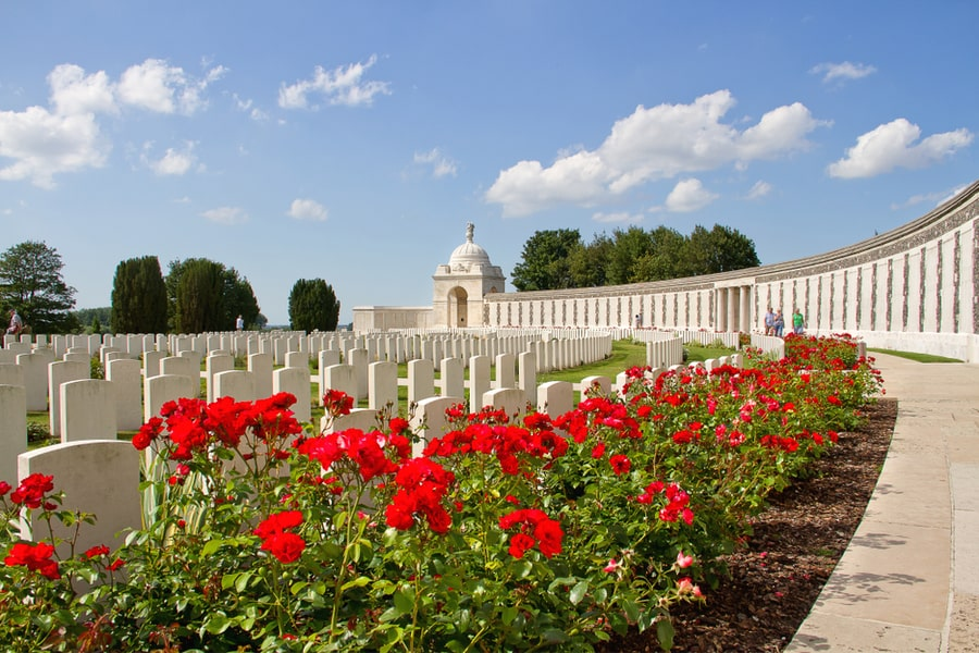 The Tyne Cot Commonwealth War Graves Cemetery - Mat McLachlan Battlefield Tours